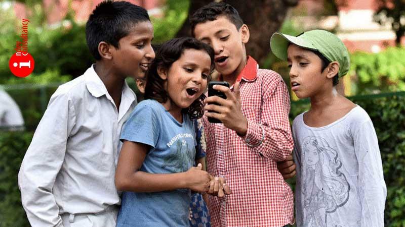 Offline Smartphone Learning